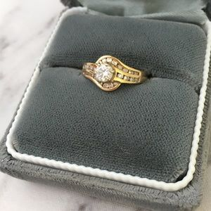 VTG 90s 14K Yellow Gold Diamond Wedding Ring